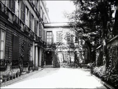 Le temple de l amiti rue jacob paris mythes et for Jardin 41 rue du temple